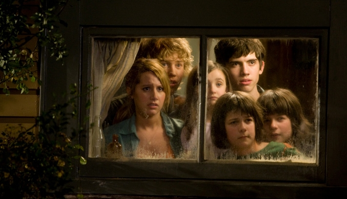 Aliens In The Attic 2009 Starring Carter Jenkins