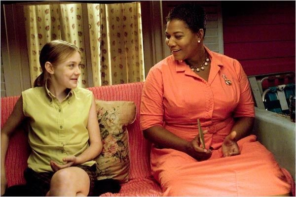 the roles of the mothers in the book the secret life of bees and movie the help I admit that the film version of the secret life of bees never had much of become lily's stand-in mothers i haven't read the book or seen the movie.